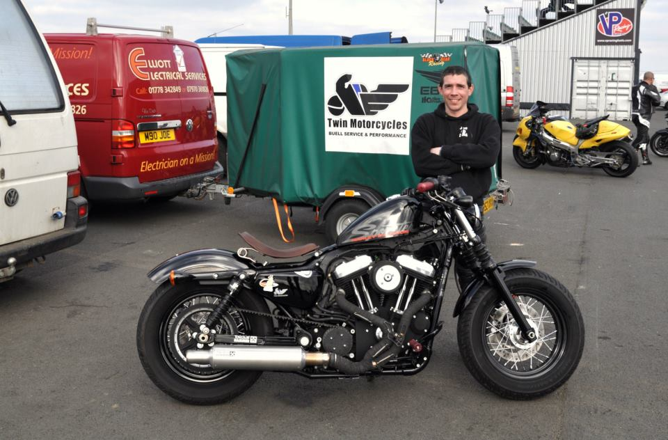 The fastes stock 48 Sportser 1200 on the dragstrip